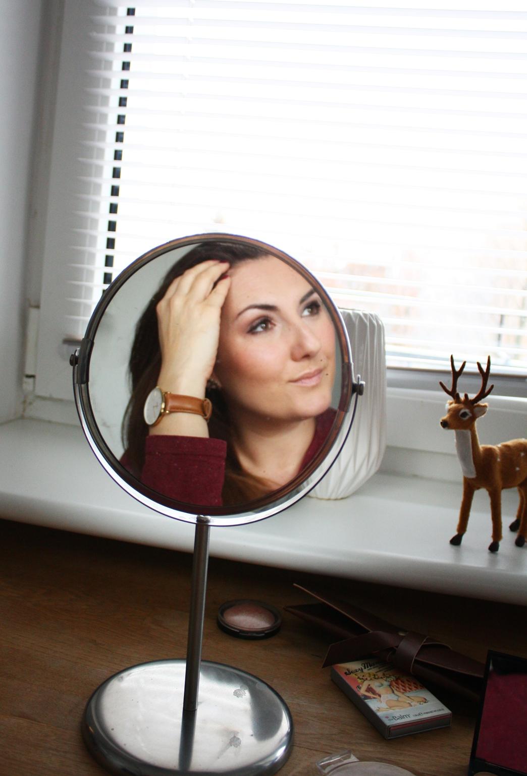 Portret Kobiecy Mrspolkadot