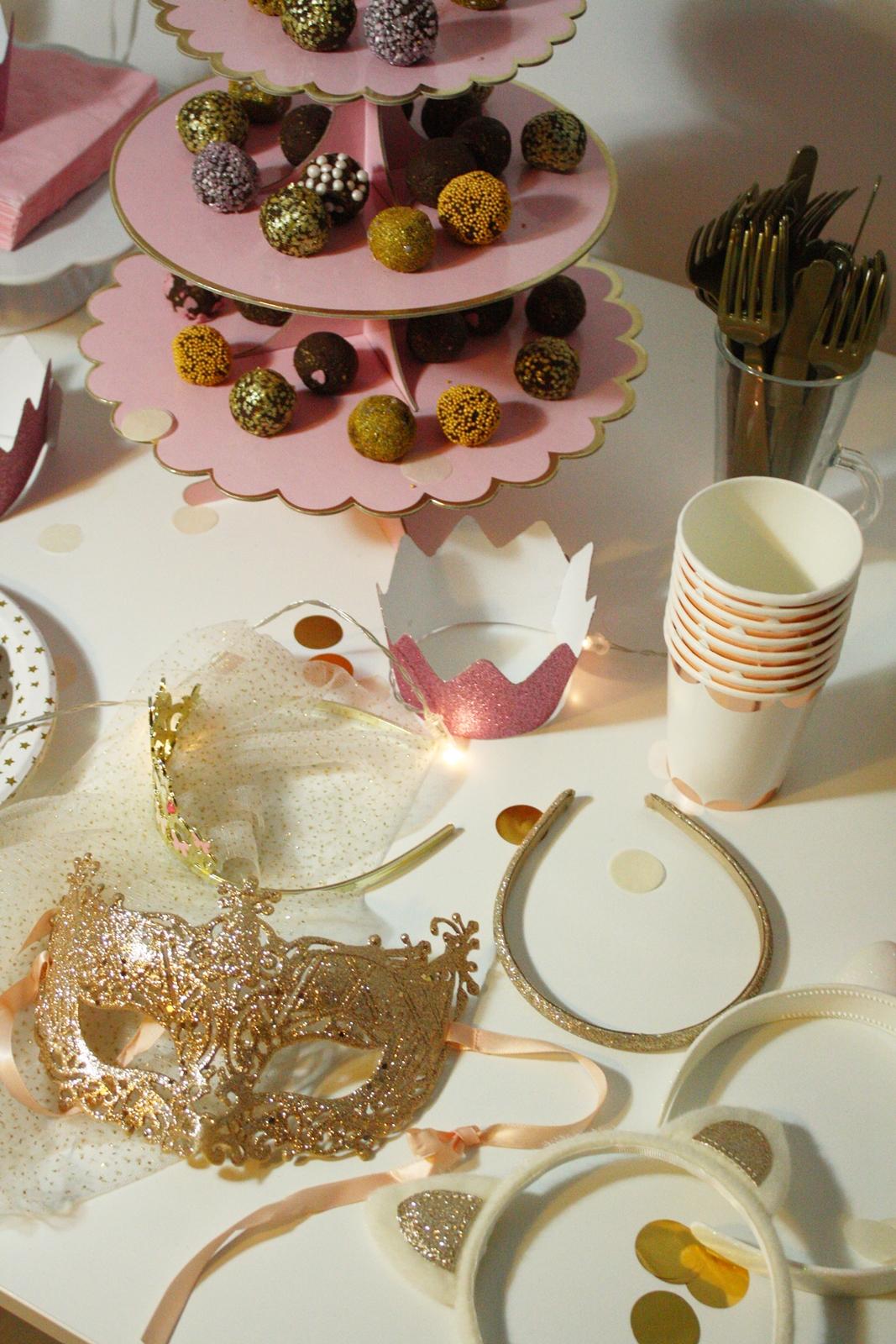 różowo-złote dekoracje
