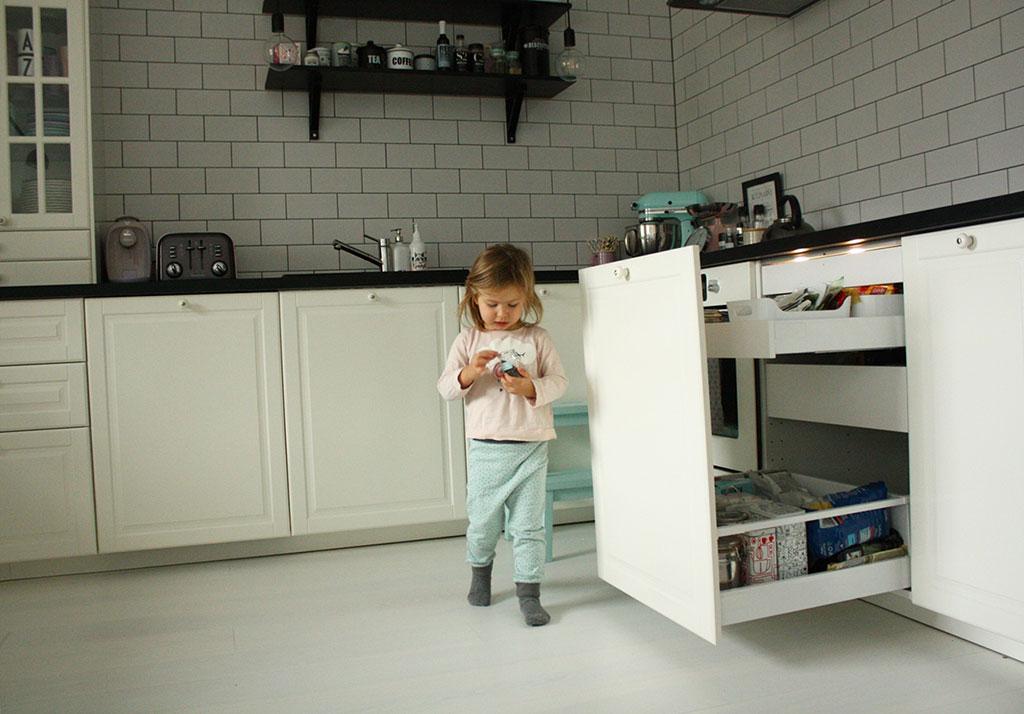Czarno Biała Kuchnia Z Ikea Mój Projekt W Rzeczywistości