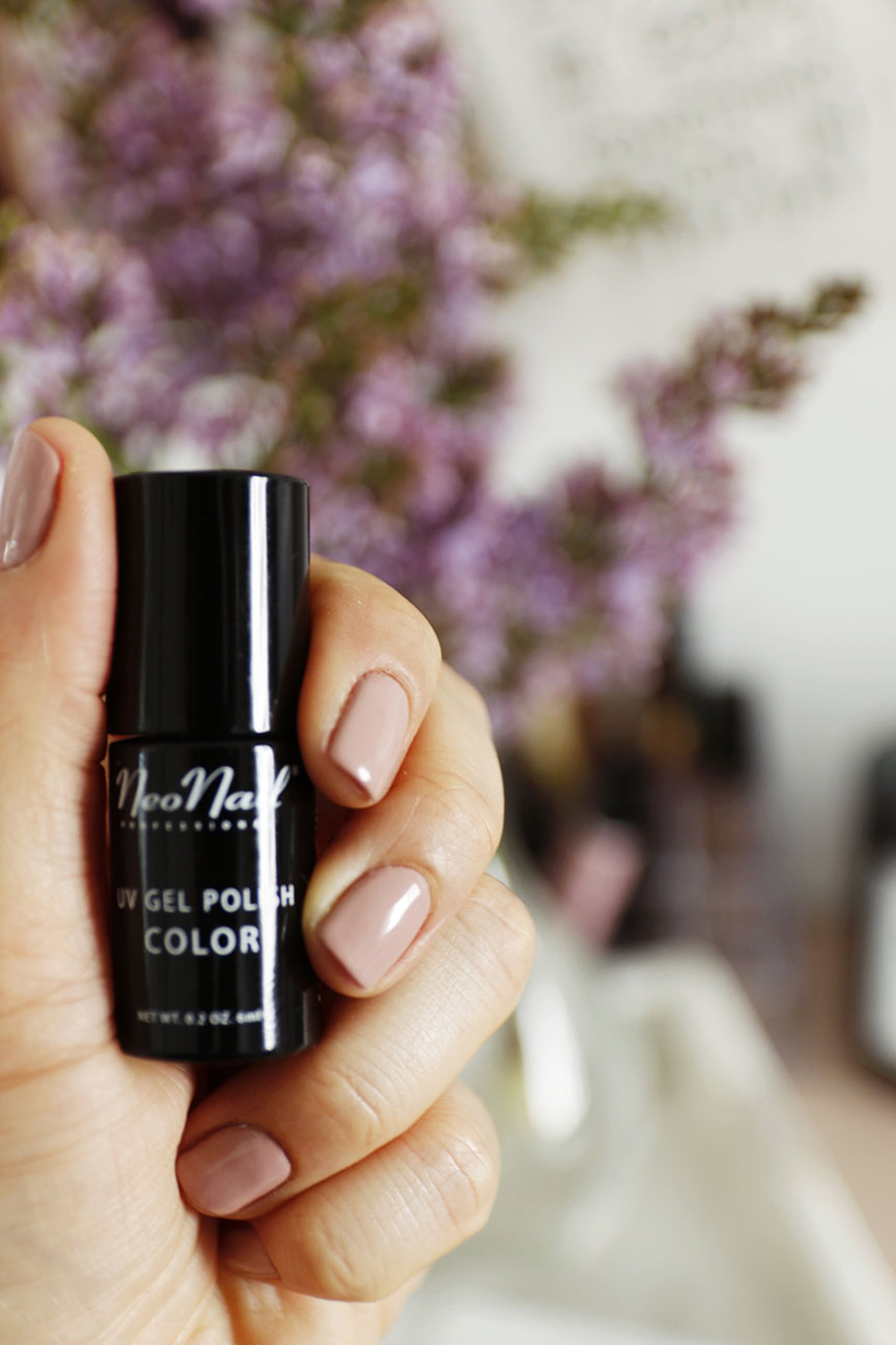 neo nail mulled wine