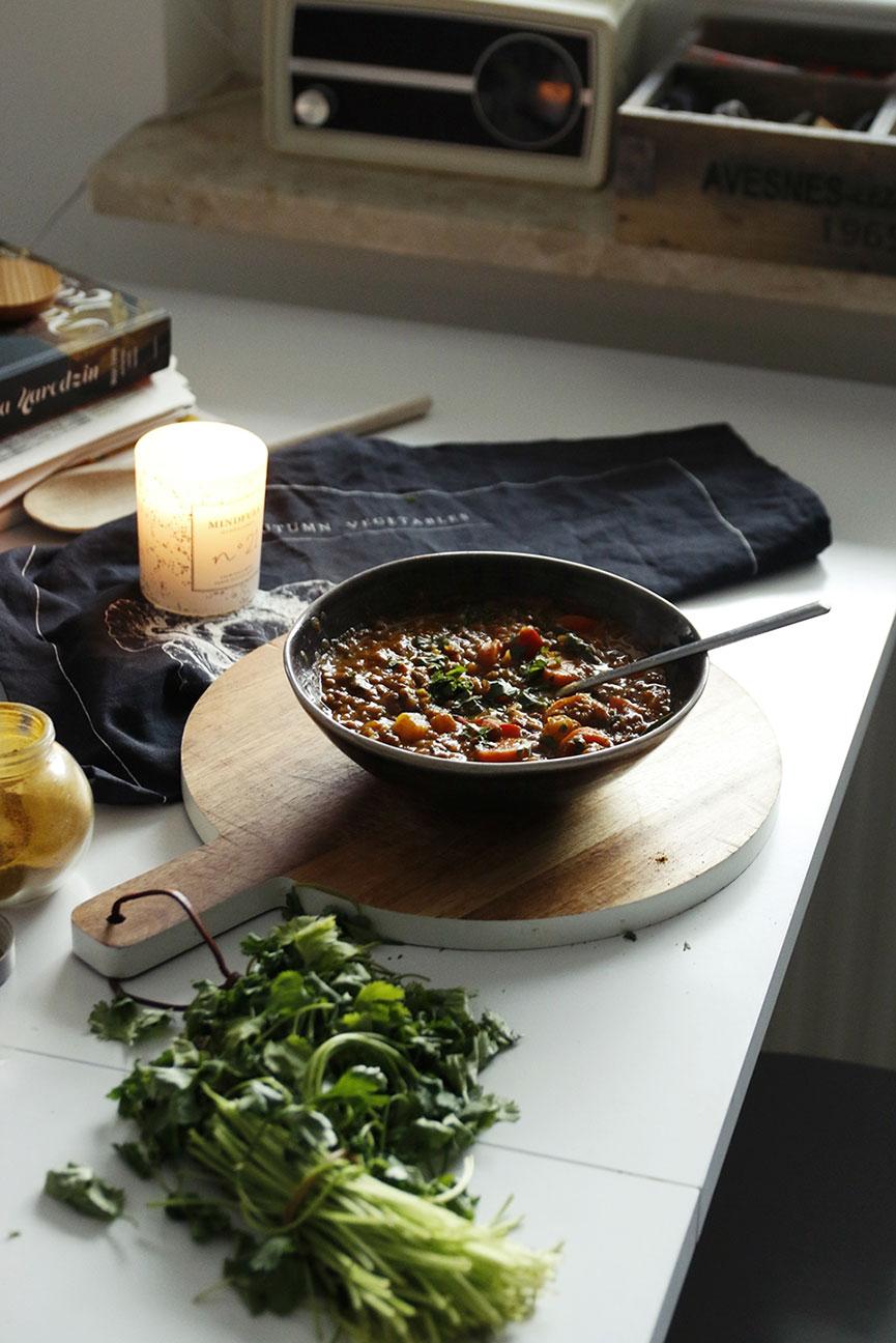 wegetariańskie curry z soczewicą