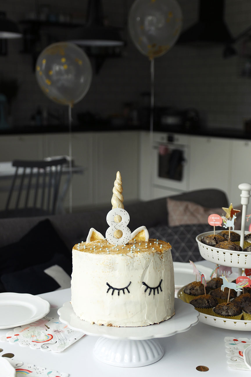 tort z rogiem jednorożca