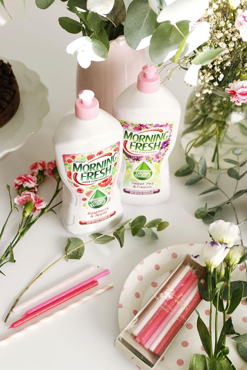 płyn do mycia naczyń różowy