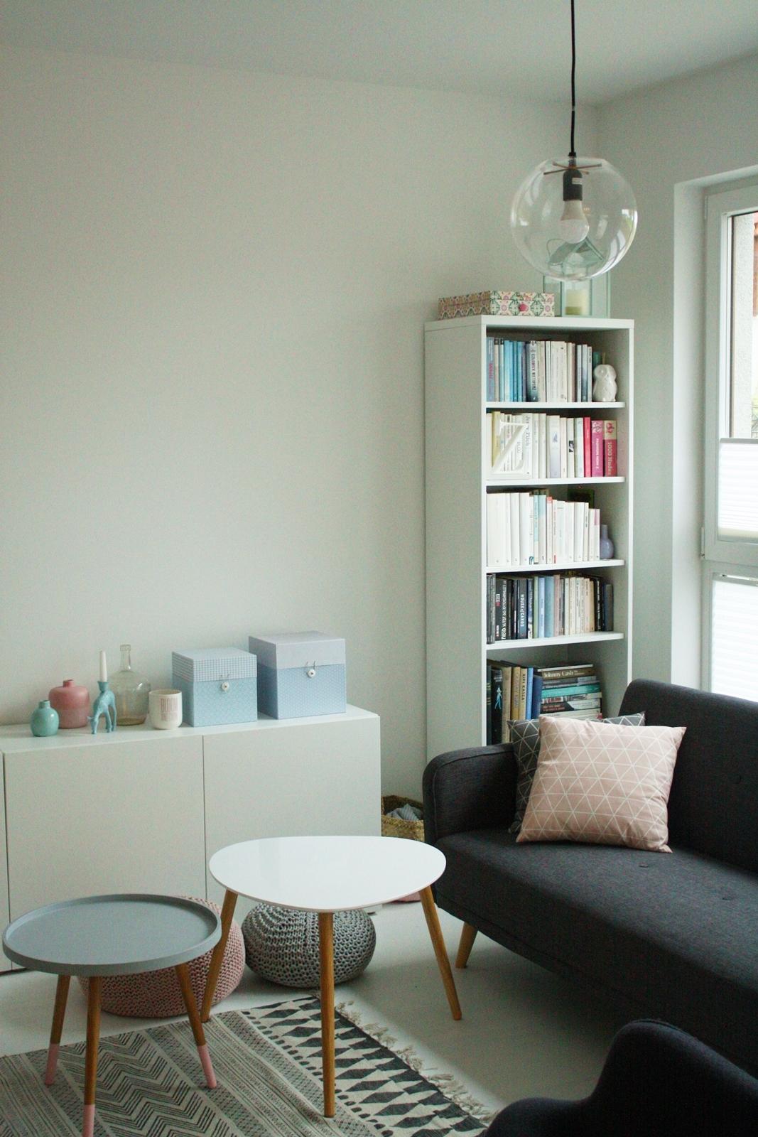ff8b8fad Ale do rzeczy: nasz salon zmienił się najbardziej z całego mieszkania, ale  też i był pomieszczeniem, ...