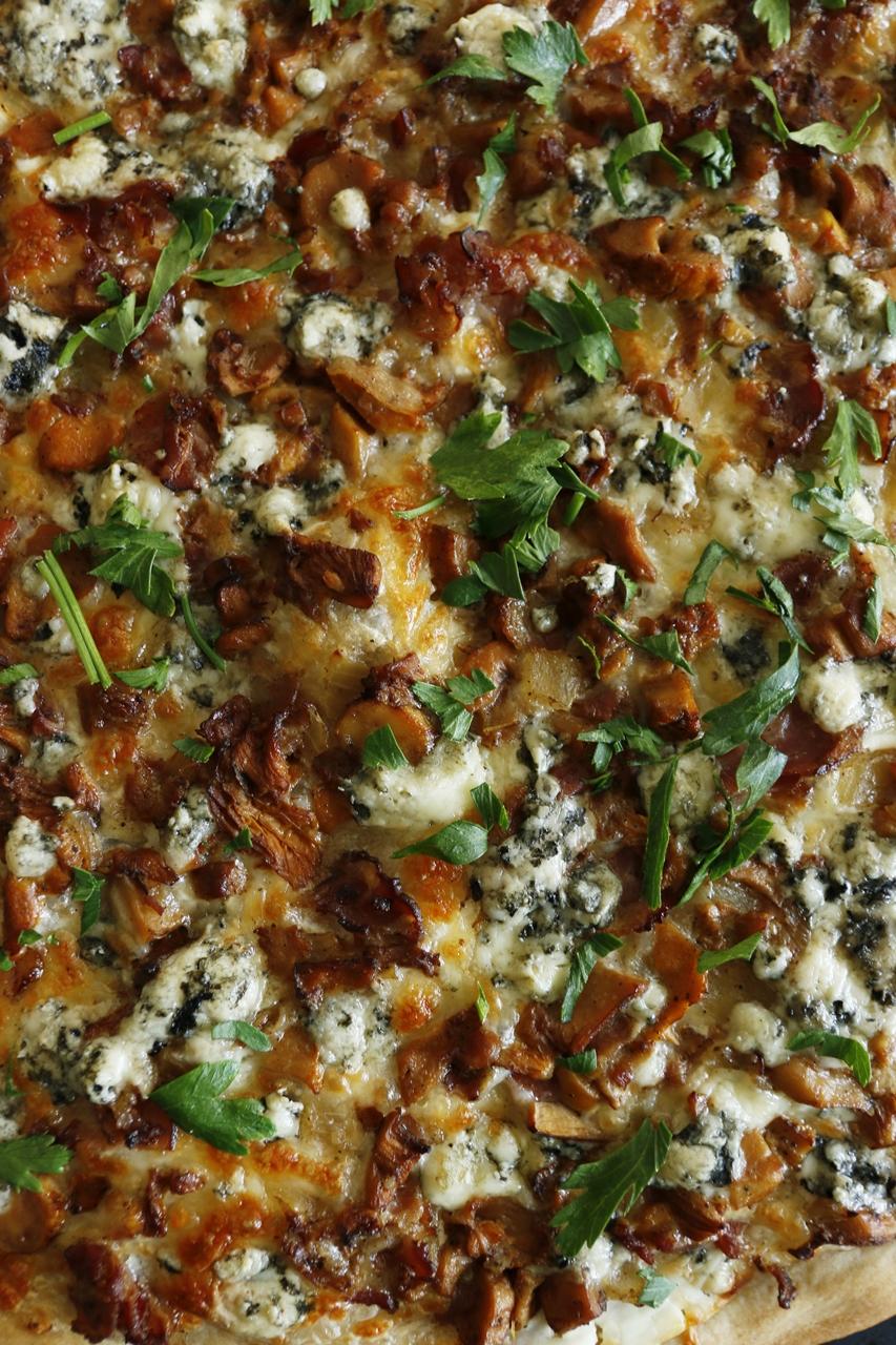 domowa pizza z kurkami