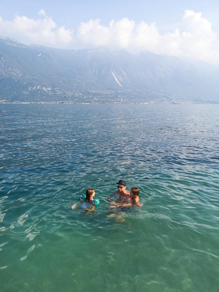 jezioro Garda kąpiel