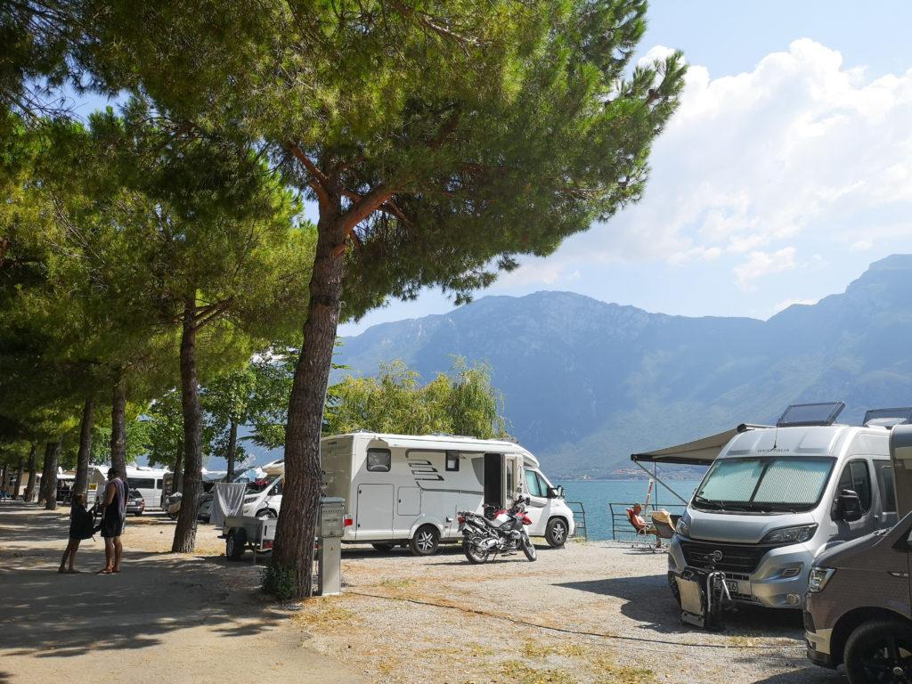 kamping jezioro Garda