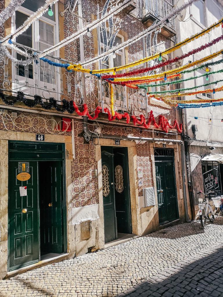 uliczka w Lizbonie