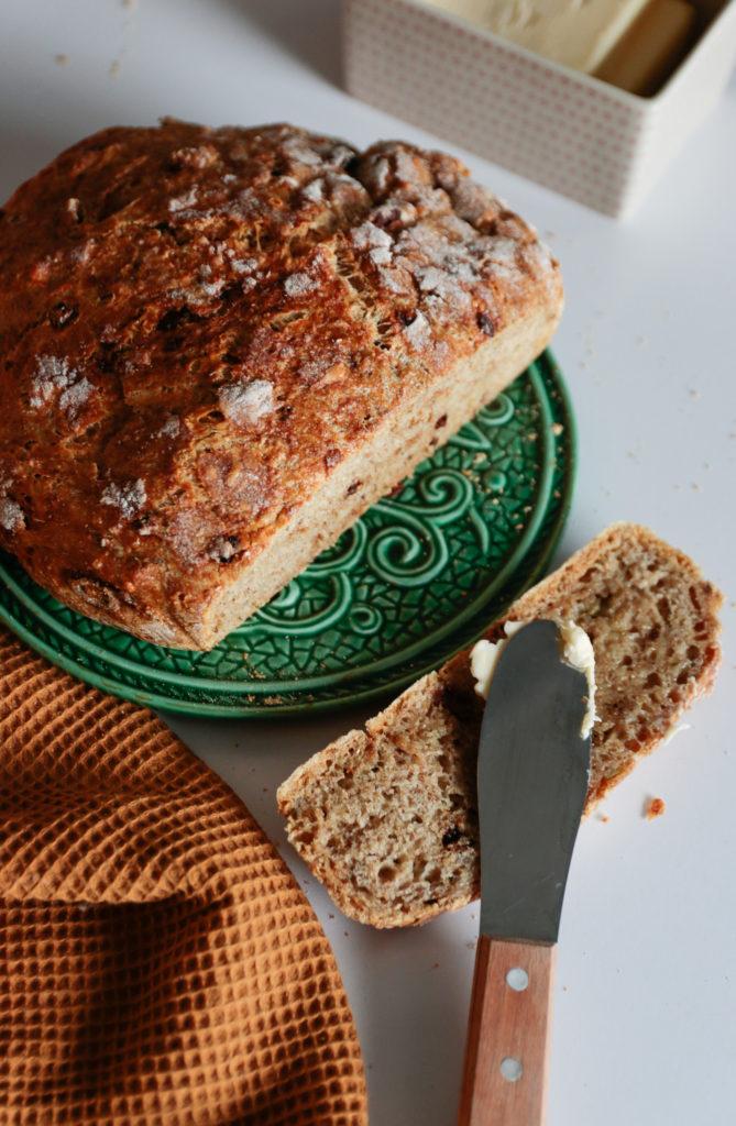 prosty domowy chleb