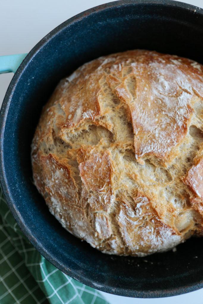 chrupiący chleb domowy