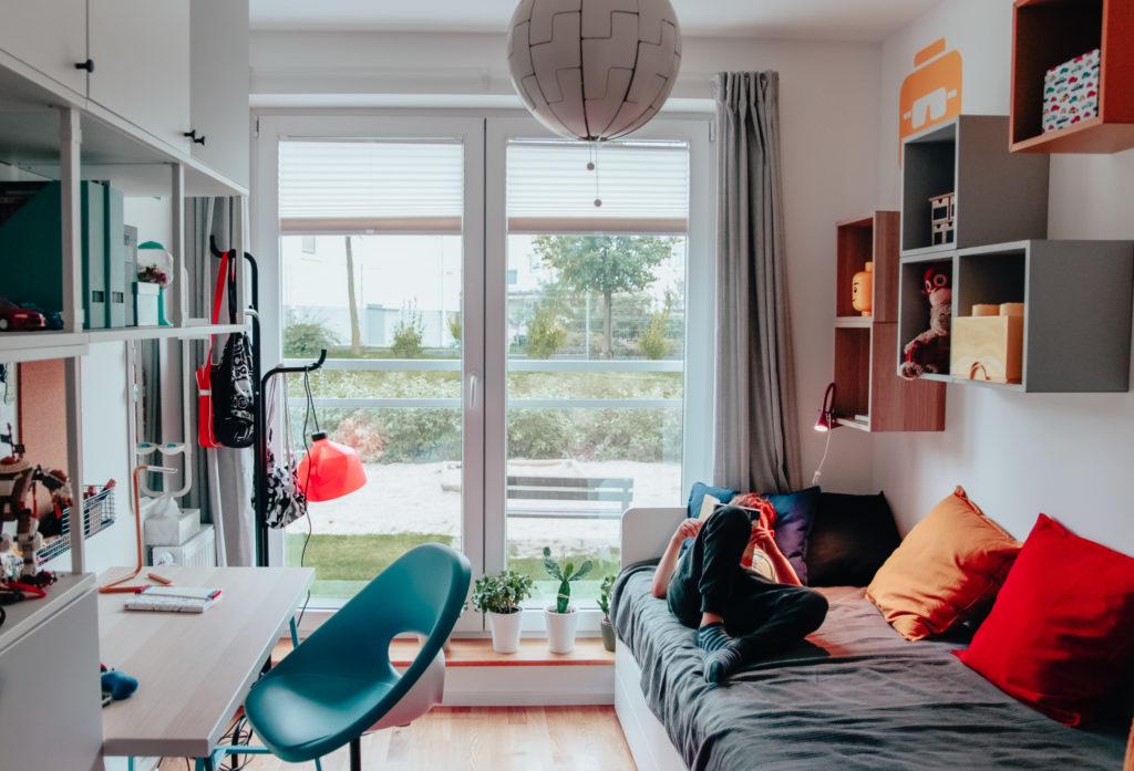 kolorowy pokój chłopca