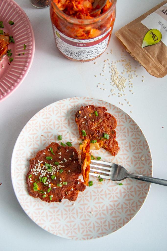 chrupiące placki z kimchi